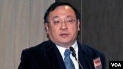 淡江大学美国研究所教授 陈一新(美国之音 钟辰芳拍摄)