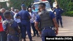 La police dans Lubumbashi, 24 octobre 2017. (VOA/Narval Mabila)