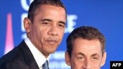 Tổng thống Obama và Tổng thống Pháp trong cuộc họp báo chung trước Hội nghị thượng đỉnh kinh tế của khối G-20 tại Cannes, ngày 3/11/2011