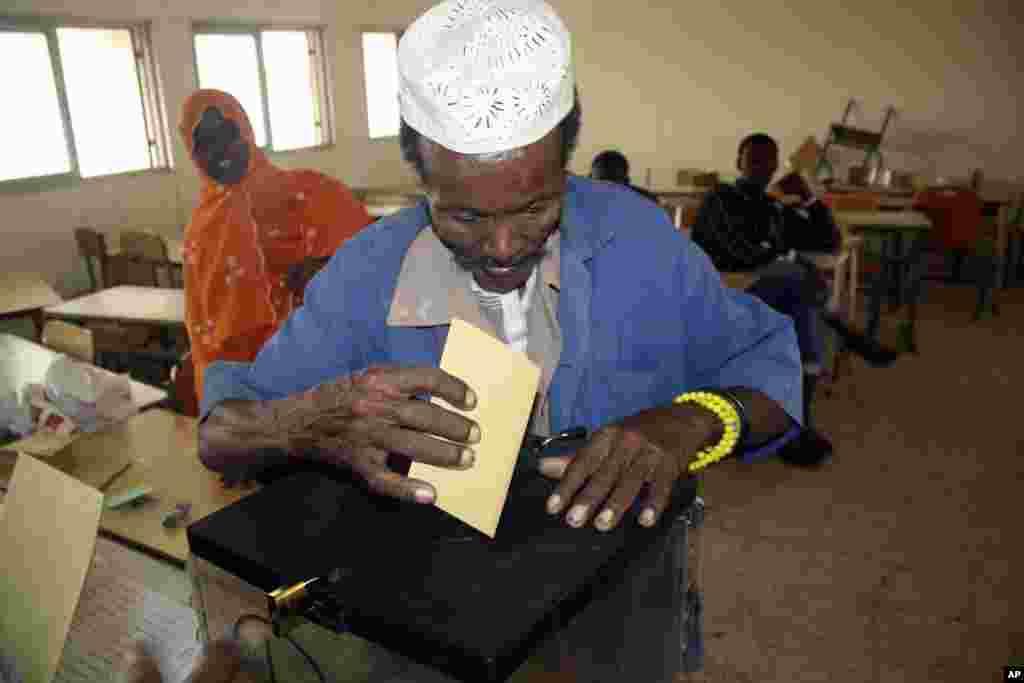 Sawirro: Doorashada Jamhuuriyada Djibouti