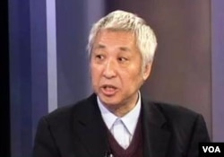杨帆教授在华盛顿接受VOA卫视采访(资料照)