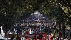 ده ها هزار نفر در دو شهر عمده پرتغال دست به تظاهرات زدند