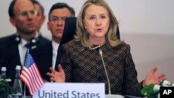 Госсекретарь США Хиллари Клинтон. Стамбул. 7 июня 2012 г.