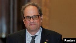 یواخیم تورا عضو پارلمان کاتالونیا، وکیل و روزنامهنگار است که در لابیگری در حمایت از جدایی کاتالونیا فعالیت کرده است