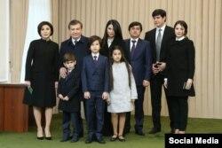 Shavkat Mirziyoyev oila a'zolari bilan