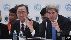 El departamento de Estado señaló que la reunión de grupos opositores sirios responde a la petición del Grupo de Apoyo a Siria, formado por una veintena de países -entre los que están EE.UU., Rusia e Irán- que se reunieron en Viena a mediados de noviembre.