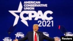 Bivši predsjednik Donald Trump govori na godišnjoj konferenciji Konzervativne političke akcije (CPAC) u Orlandu, 28. februara 2021.