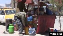 阿富汗兒童 (視頻截圖)