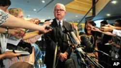Top US envoy for North Korea's nuclear disarmament Stephen Bosworth briefs the media in Beijing. Bosworth is in China for talks as part of a new diplomatic initiative on Pyongyang with his Chinese counterpart Wu Dawei, 16 Sep 2010.
