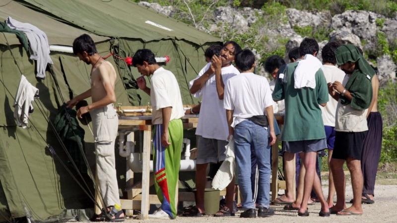 US Officials Begin Fingerprinting Refugee Families on Nauru