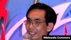 ນາຍ Nguyen Quoc Quan ນັກເຄື່ອນໄຫວນິຍົມປະຊາທິປະໄຕ ອາເມຣິກັນເຊື້ອສາຍຫວຽດນາມ. ວັນທີ 29 ເມສາ 2012.