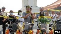台灣人權及公民團體舉行活動聲援李明哲(美國之音張永泰拍攝)