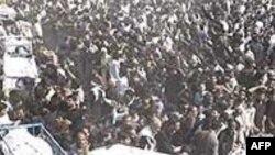 Hiljade ožalošćenih na sahranama u Karačiju