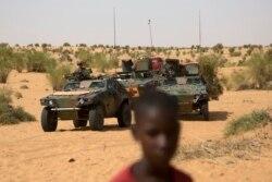 Des progrès notables dans la lutte contre le terrorisme dans le Sahel-le général François-Xavier de Woillemont sur Radio Oméga