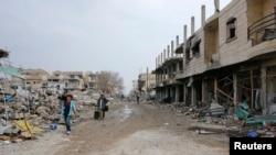 정부군과 반군간 전투로 폐허가 된 시리아 북부의 한 마을 (자료사진)