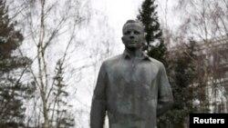 Памятник Юрию Гагарину