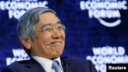 Haruhiko Kuroda. Gubernur Bank of Japan, tersenyum saat menghadiri Forum Ekonomi Dunia di Davos, Swiss, 26 Januari 2018.