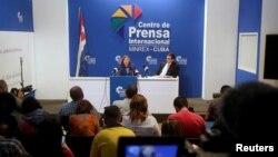 호세피나 비달 쿠바 외무부 미국 담당관은 16일 아바나에서 미국 관리들과 만난 뒤 기자회견을 하고 있다.