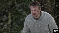 """Yeni Hollivud Filmləri: """"The Grey"""" (video)"""