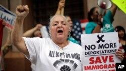 Un grupo de empresas también piden la reforma inmigratoria al Congreso.