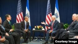 Los dos líderes se reunieron al margen de la Conferencia sobre Prosperidad y Seguridad en América Central, en Miami.