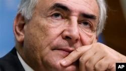 Upaya mantan Ketua IMF, Dominique Strauss-Kahn untuk memperoleh kekebalan diplomatik ditolak pengadilan New York (foto: dok).
