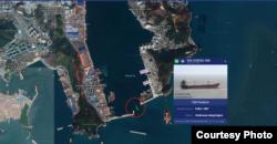 '신성하이' 호(녹색으로 표시된 선박)가 지난해 10월23일 부산 감천 부두로 향하는 모습. 자료=마린트래픽(MarineTraffic)