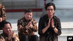 Sri Mulyani Indrawati saat namanya diumumkan dalam pengumuman kabinet oleh Presiden Joko Widodo di Istana Merdeka, Jakarta, 23 Oktober 2019.