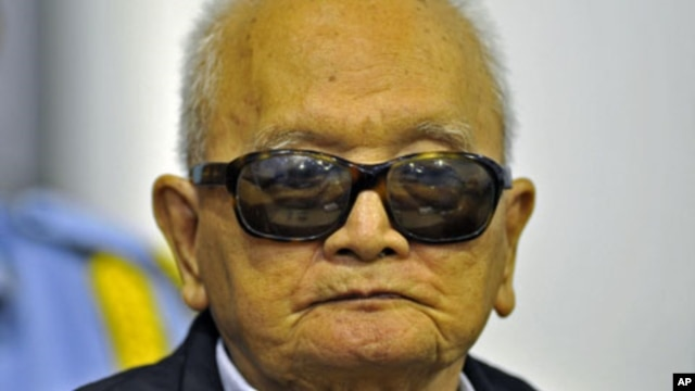 """Khmer Rouge """"Brother Number Two"""" Nuon Chea attends a public hearing at the Extraordinary Chambers in the Courts of Cambodia, on the outskirts of Phnom Penh, file photo."""