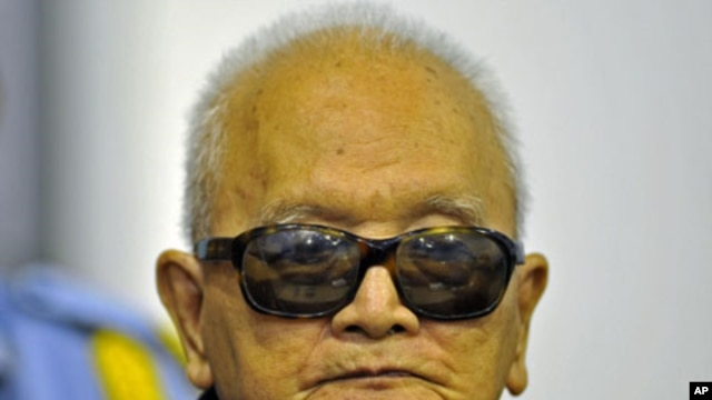 """Khmer Rouge """"Brother Number Two"""" Nuon Chea attends a public hearing at the Extraordinary Chambers in the Courts of Cambodia, on the outskirts of Phnom Penh, October 19, 2011."""