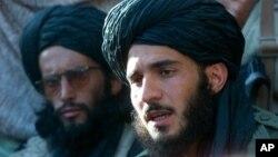 با تایید خبر مرگ رهبر طالبان، مذاکرات صلح میان آن گروه و حکومت افغانستان متوقف شد
