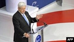 Ґінґрич, колишній спікер Конгресу виступає перед зібранням республіканців.