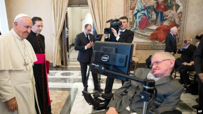 Junto al papa Francisco en noviembre de 2016, en el Vaticano.