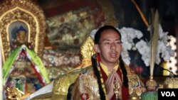 Panchen Lama Gyaltsen Norbu, pemimpin keagamaan Tibet yang dipilih oleh pemerintah Tiongkok (foto: 2008).