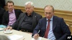 Евгений Миронов, Олег Табаков и Владимир Путин