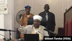 Ustaz Hussain Zakariyya, imam d'une mosquée d'Abuja, Nigeria, le 18 octobre 2019. (VOA/Gilbert Tamba)