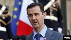 Presiden Barack Obama didesak untuk memberikan sanksi terhadap pemerintahan Suriah di bawah Presiden Bashar al-Assad.