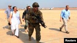 1月3日﹐美國特種部隊軍人協助將南蘇丹的美國使館人員撤離