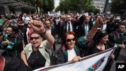 Адвокаты провели акцию протеста в Стамбуле. 12 июня 2013 г.