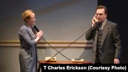 Jennifer Ehle và Jefferson Mays trong một cảnh của vở kịch OSLO.