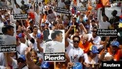 """Leopoldo López, presidente del partido opositor Voluntad Popular expresó en su carta que el gobierno """"les han quitado tanto que hasta el miedo nos lo han quitado"""""""