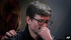 Le dessinateur Luz à la conférence de presse après l'attentat qui a décimé la rédaction de Charlie Hebdo