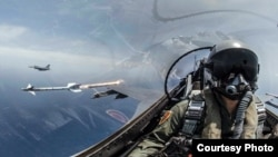 2019年5月22日台灣海空聯合操演,F-16戰機發射響尾蛇導彈,射擊模擬目標。
