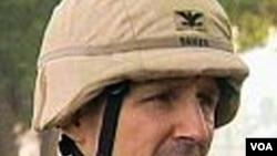 Brigadir Jenderal Ralph Baker prihatin dengan krisis politik yang berlarut-larut di Irak, dan dampaknya pada keamanan warga sipil.