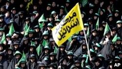 Según un informe del Organismo Internacional de Energía Atómica (OIEA) dijo que Irán sigue respetando las limitaciones impuestas por el pacto, conocido como JCPOA por sus siglas en inglés.