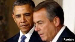 Presiden Obama menegaskan kepada Ketua DPR AS John Boehner (kanan), ia hanya bersedia berunding setelah penutupan operasi pemerintah federal diakhiri (foto: dok).