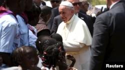 Le pape Francis à Bangui le 29 novembre 2015. (REUTERS/Siegfried Modola)