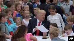 Президент США Дональд Трамп. Белый дом, Вашингтон. 17 апреля 2017 г.