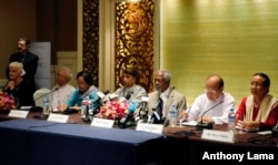 Myanmar Rohingya: Former U.N. Secretary-General and Rakhine State Advisory Commission Chairman Kofi Annan, third right, and the commission members listen to journalists giving them questions during a press briefing at a hotel Thursday, Sept. 8, 2016.
