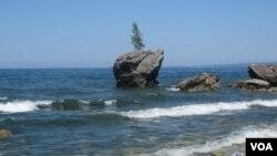 西伯利亞東部的貝加爾湖(美國之音白樺拍攝)
